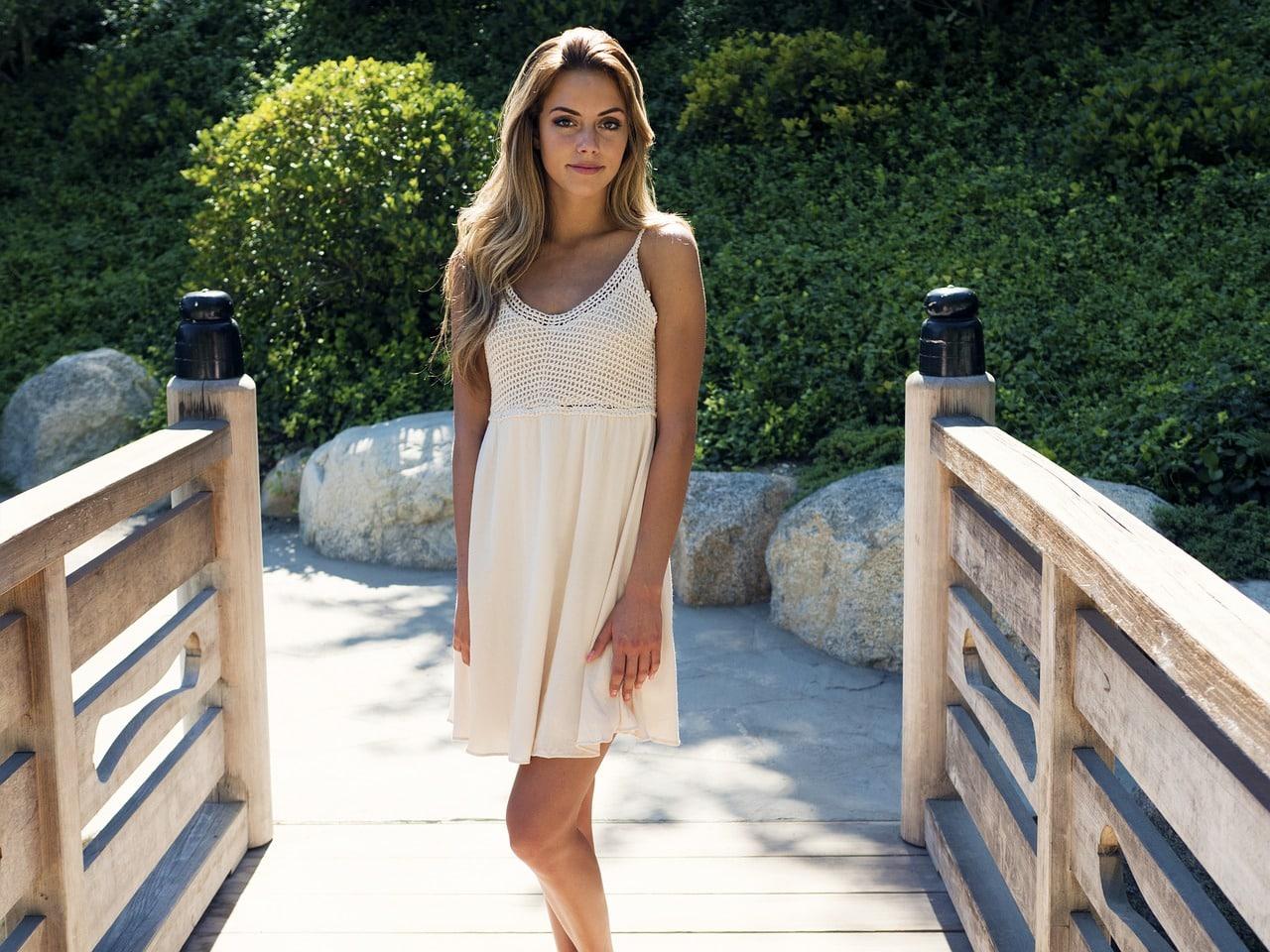 La robe courte et fluide